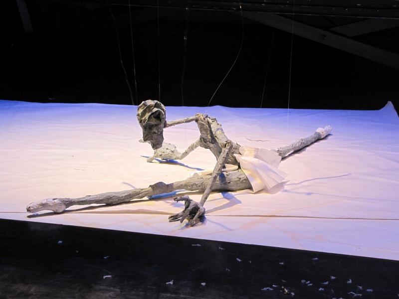 Kleist – Über das Marionettentheater oder Die Überwindung der Schwerkraft in drei Akten